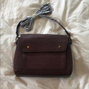 NWOT- Crossbody purse